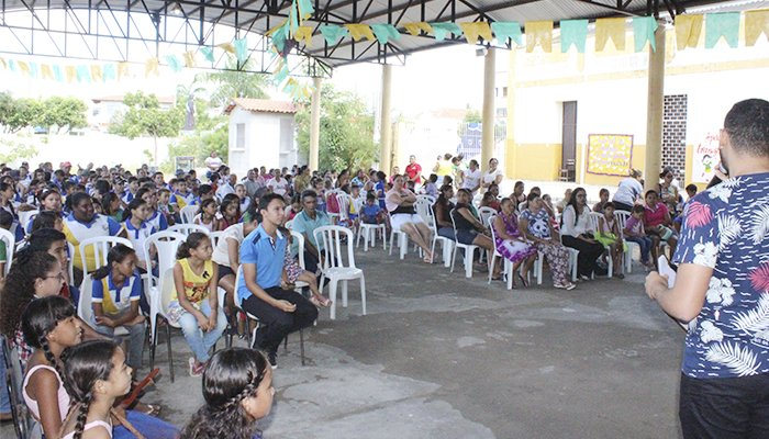 ONG Ceacri Realiza Homenagem Ao Dia Padrinho E Da Madrinha